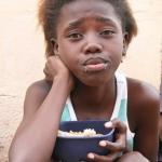 girl-with-food-bowl-Mandela-Square